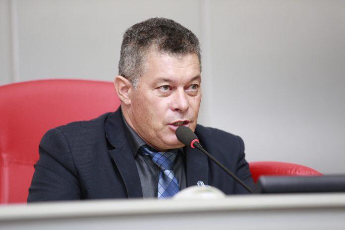 Deputado Edson Martins destina recursos para Itapuã do Oeste