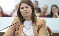 """Cassia Muleta comemora início da vacinação contra a covid-19 em Rondônia: """"estamos cada dia mais perto de vencer esta pandemia"""""""