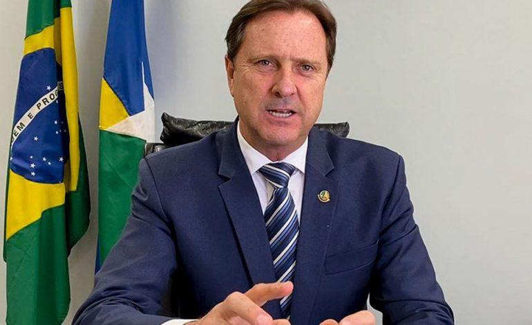 Ji-Paraná – Senador Acir Gurgacz assegura 1,2 milhões para construção de quadra