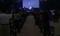 Membros da Igreja Batista Videira celebram lançamento de nova logomarca