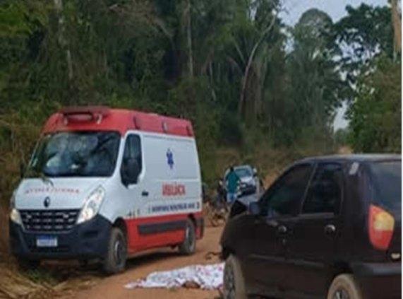 Casal de moto morre após colisão com carro na área rural em Rondônia