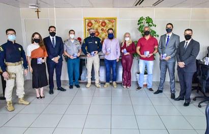 TRE-RO entrega Guia de Segurança das Eleições 2020 para agentes de segurança pública