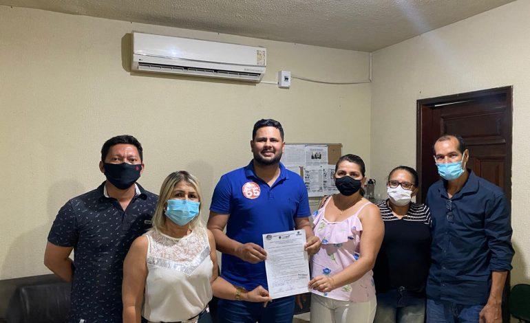 ELEIÇÕES 2020: Samuel Costa assina termo de compromisso com profissionais de enfermagem