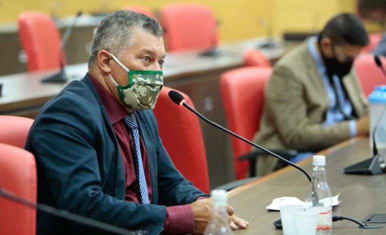 DEPUTADO ESTADUAL: Edson Martins garante recurso para tubos armcos para Nova Mamoré