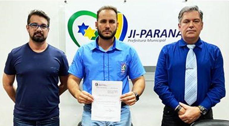 JI-PARANÁ: Affonso Cândido nomeia médico Álvaro Galvão secretário da Saúde