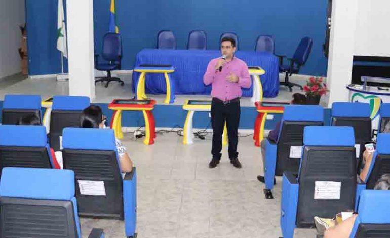 Ji-Paraná – Escolas recebem mais de 100 mesas digitais
