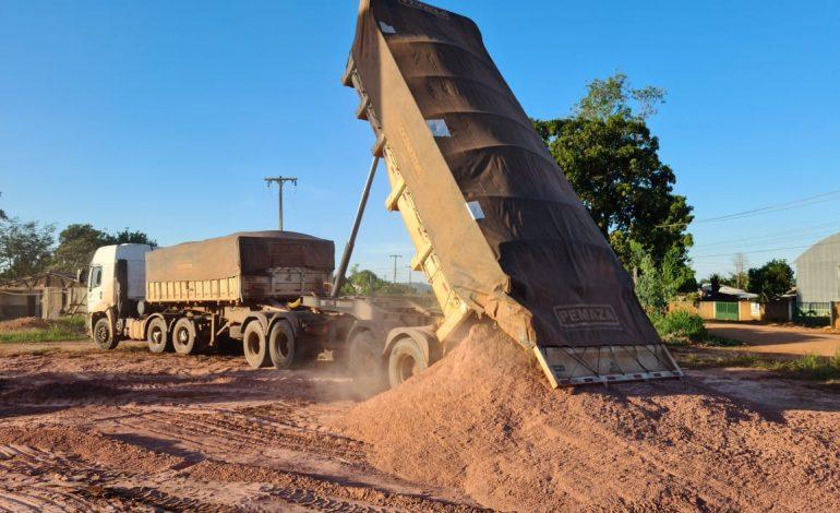 PROLEITE: Governo distribui mais de 3 mil toneladas de calcário no Cone Sul
