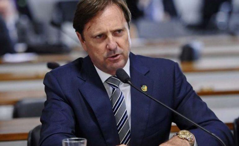 Senado analisa projeto do senador Acir Gurgacz que institui cartão digital de vacinação