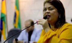 Apesar de comemorar chegada da CoronaVac, Cássia Muleta alerta população para continuar com cuidados