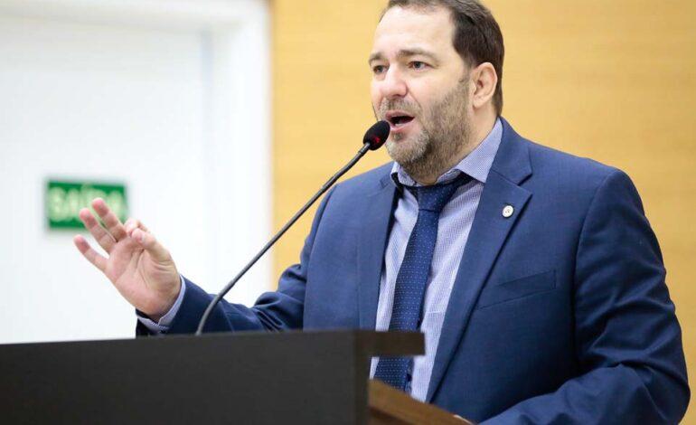 Alex Redano tomará posse como presidente da Assembleia Legislativa para os próximos dois anos