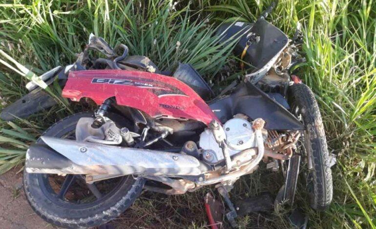Acidente envolvendo carro na contramão e motocicletas ceifa a vida de três jovens