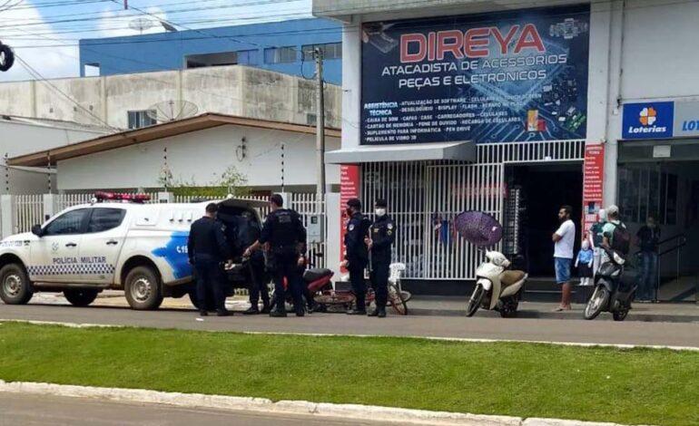 Pai e filha venezuelanos são agredidos e donos de loja acabam presos