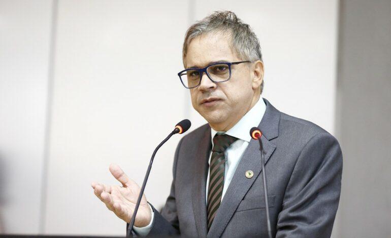 Deputado de RO é denunciado por invadir hospital e desacatar profissionais de saúde em Ariquemes, RO