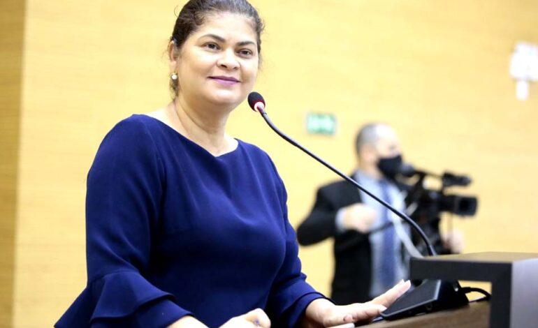 Deputada estadual Cássia Muleta destina R$ 20 mil em emenda parlamentar à associação de agricultores familiares