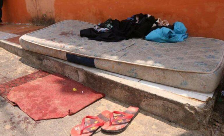 Morador de rua é morto a facadas enquanto dormia; Menor foi apreendido suspeito do crime
