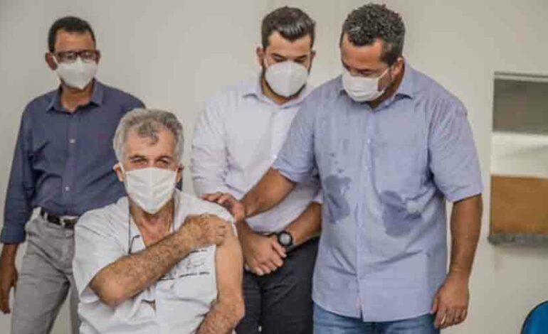 Ji-Paraná – Quase mil profissionais de Saúde já foram vacinados contra a Covid
