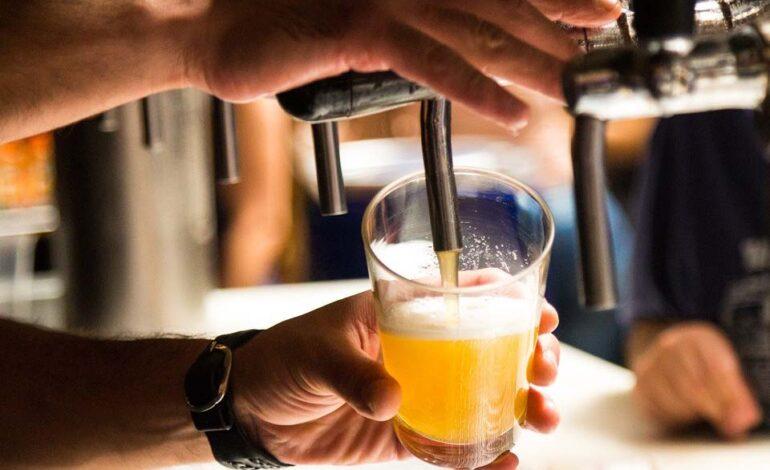 Decreto libera consumo de bebida alcoólica em restaurantes, lanchonetes e congêneres
