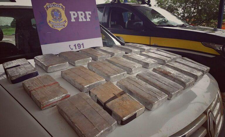25 QUILOS DE DROGA: Mais de três milhões em cocaína são apreendidos pela PRF
