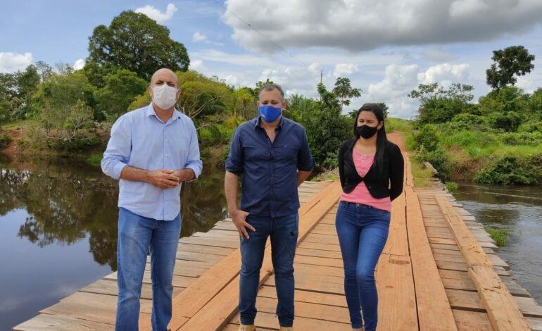 Parcerias entre DER, Deputado Ismael Crispin e prefeitura de Seringueiras vai reconstruir ponte sobre o Rio São Miguel