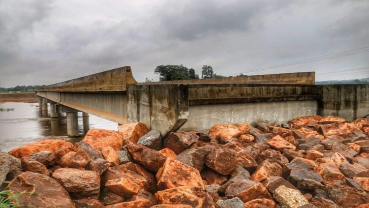 TRAFEGABILIDADE: Governo avança em obra de encabeçamento da ponte sobre o rio Jamari