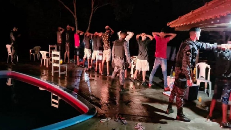 Festa com várias pessoas é encerrada pela PM após denúncia anônima