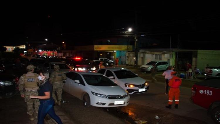 Polícia interdita bar e acaba com coronafest regado de drogas