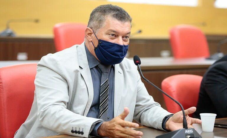 Deputado Edson Martins garante recursos para saúde de Nova Mamoré