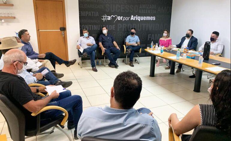 Presidente Alex Redano participa de reunião de prefeitos com chefe da Casa Civil