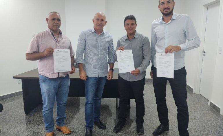 Deputado Ezequiel Neiva firma parceira com vereadores para mais investimentos no município de Cerejeiras
