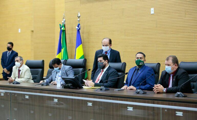 Deputados aprovam R$ 17,3 milhões para garantir auxílio de R$ 100 a 27 mil famílias rondonienses