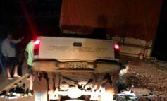 Motorista de S10 morre após bater na traseira de carreta que estava parada em rodovia