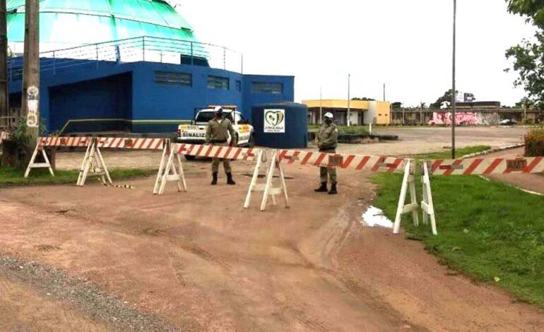 Acesso ao Beira Rio Cultural é bloqueado para evitar aglomeração