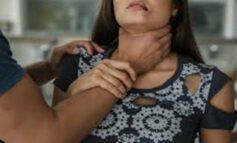 Marido enciumado enforca e bate cabeça da mulher contra a parede
