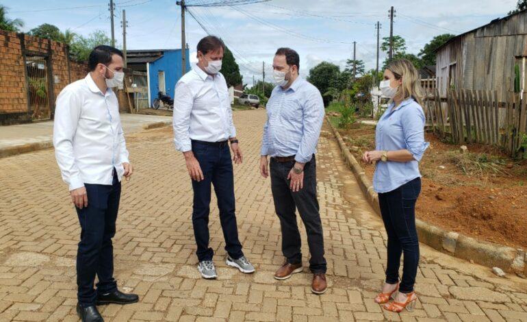Vereador Renato Padeiro participa de reunião e visitas com o senador Acir Gurgacz, prefeita Carla e deputado Alex Redano