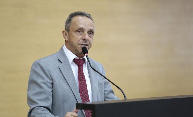 Deputado Lazinho da Fetagro propõe programa de distribuição de mudas e sementes