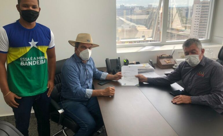 Edson Martins destina recursos para as obras de drenagem em Buritis