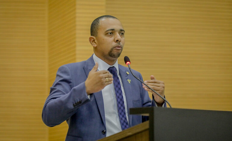 Deputado Jhony Paixão pede Drive-Thru da saúde em todas as regiões do Estado