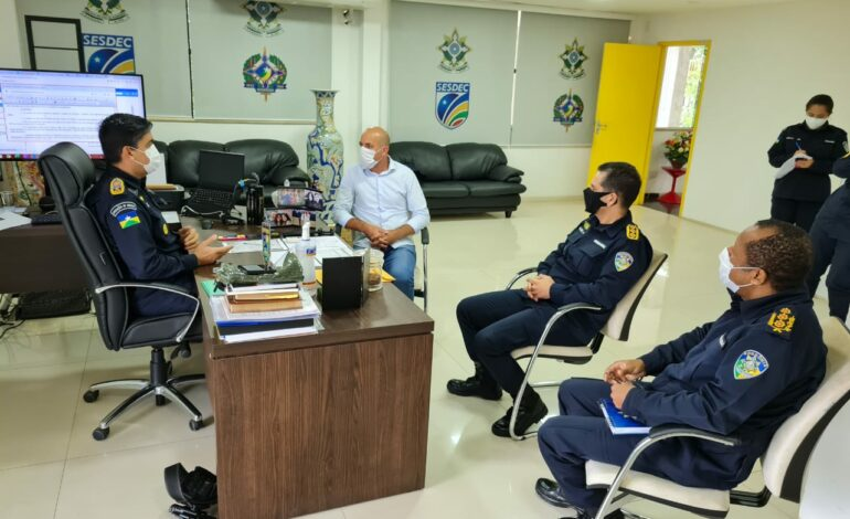 Ismael Crispin busca apoio para início das obras no 11° Batalhão da Polícia Militar