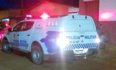 Policiais militares socorrem bebê que havia engolido pedaço de plástico; médico disse que criança poderia ter morrido