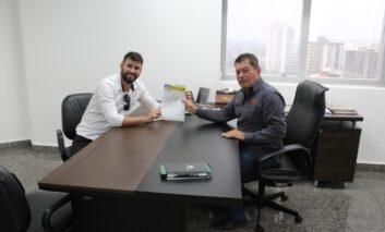 Emenda do deputado Edson Martins garante a pavimentação da rua Maria C. Tomazzelli em Ji-Paraná