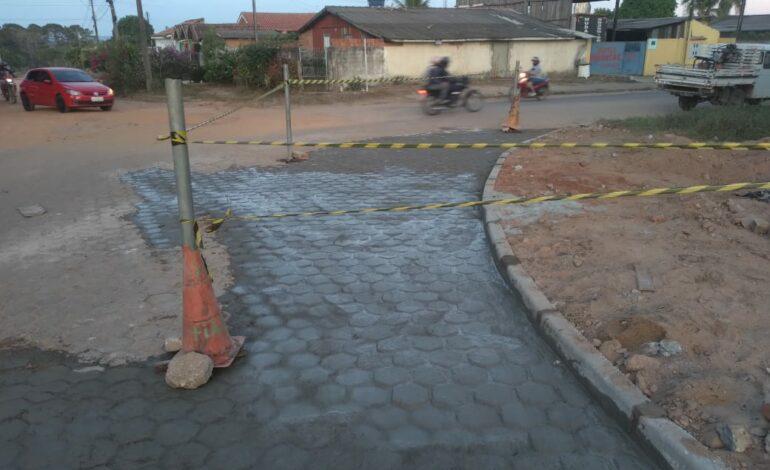 Ruas e avenidas com blocos estão recebendo manutenção