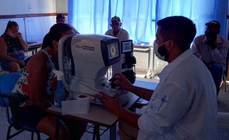 Deputada Cássia Muleta realiza ação para população de Vila Palmares e município de Theobroma