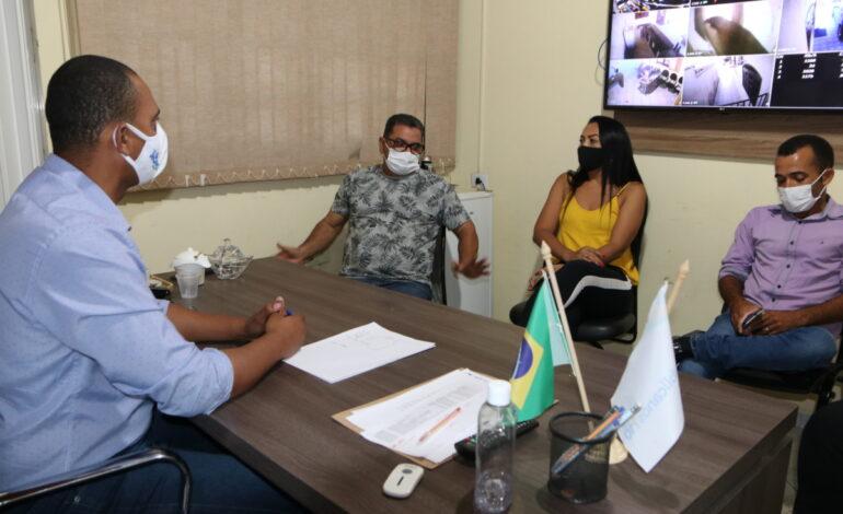 Vereadores de Cujubim pedem apoio ao deputado Jhony Paixão para solucionar demandas no município