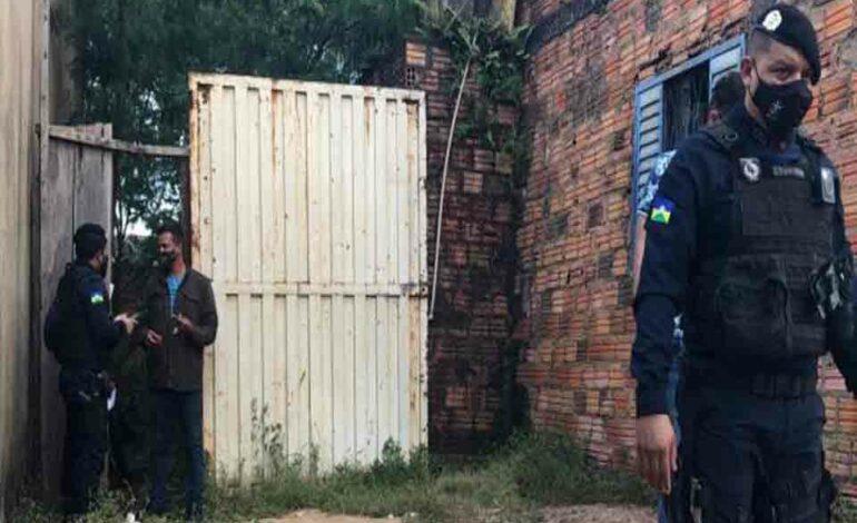 Ex presidiário é morto com tiro no pescoço dentro da residência
