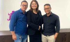 Deputada Cassia realiza ação social para população de Vila Palmares e Theobroma